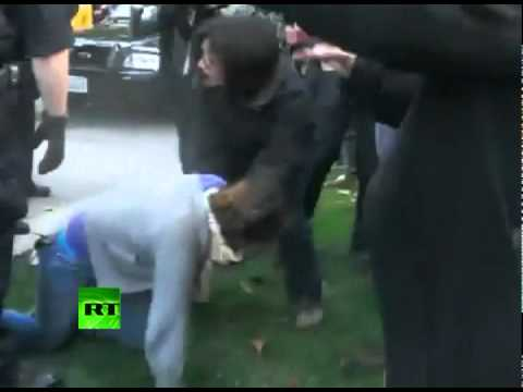 Shock OWS video: Cops pepper spray peaceful California students